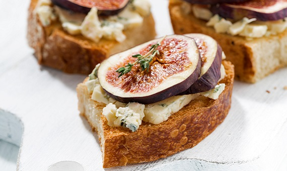 Fig and Blue Cheese Bite